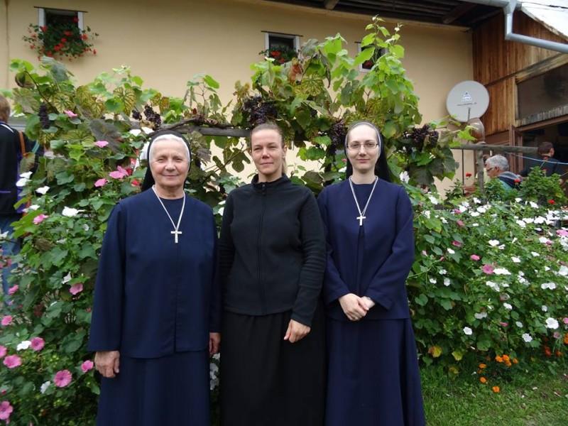 Sestry sluzobnice TN
