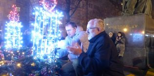 Foto: Zapálenie 4. adventnej sviece v centre Bratislavy