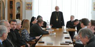 Kňazi a zasvätení bratislavskej eparchie sa stretli na spoločnom dni